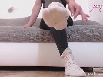 Pantiesparadise NicolesNylons shows us her sexy socks + dirty talk
