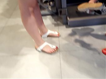 shoe shopping, gf's sexy feet, toes and soles in high heels