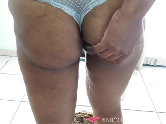 Vends-ta-culotte - French Foot Fetish Black Woman Stocking